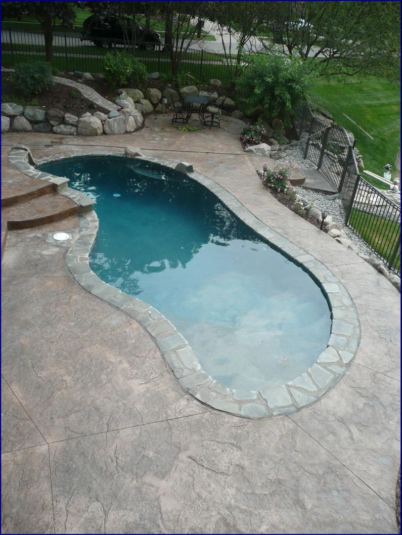 Michigan Shotcrete Construction and Gunite Swimming Pool Builder